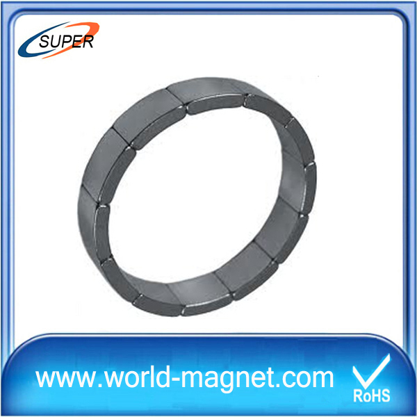 Strong Power Arc Magnets for Motor